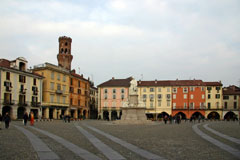 Vercelli-Piazza-Cavour