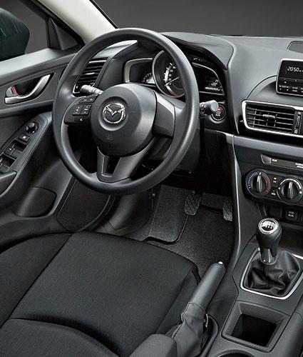 Mazda 3, Posto di Guida