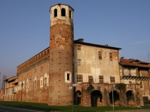 Il castello di Verrone, con la torretta che domina la Rocca.