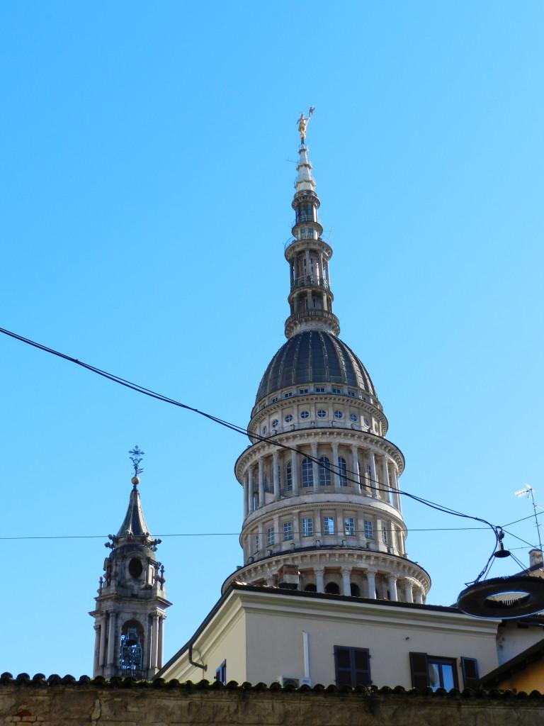 La cupola antonelliana e il campanile di Benedetto Alfieri