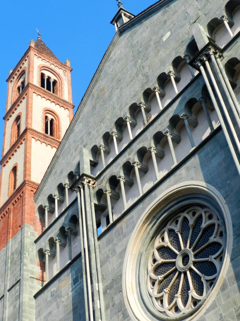 La facciata di Sant'Andrea