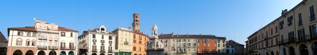 Una panoramica su Piazza Cavour