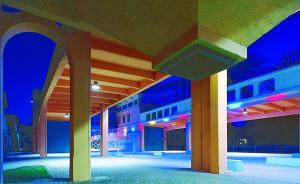 Il Forum di Omegna in notturno